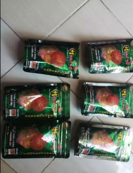 Jual pelet ikan lohan ori thailand